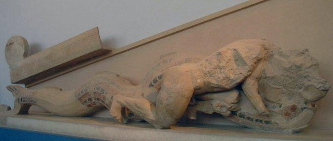 AthensAcropolispedimen Herakles